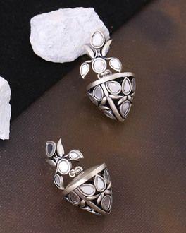 19eec3945b84fb Buy Designer Earrings Online - Pearl Studs, Drop Earrings, Rings for ...