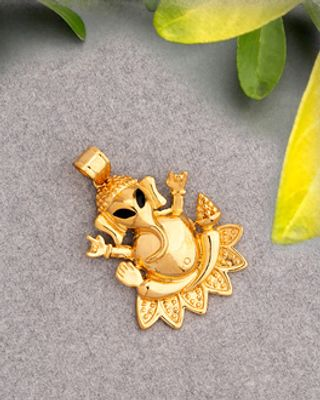 Lord Idol Ganesh Pendant Without Chain For Men From Dare by Voylla