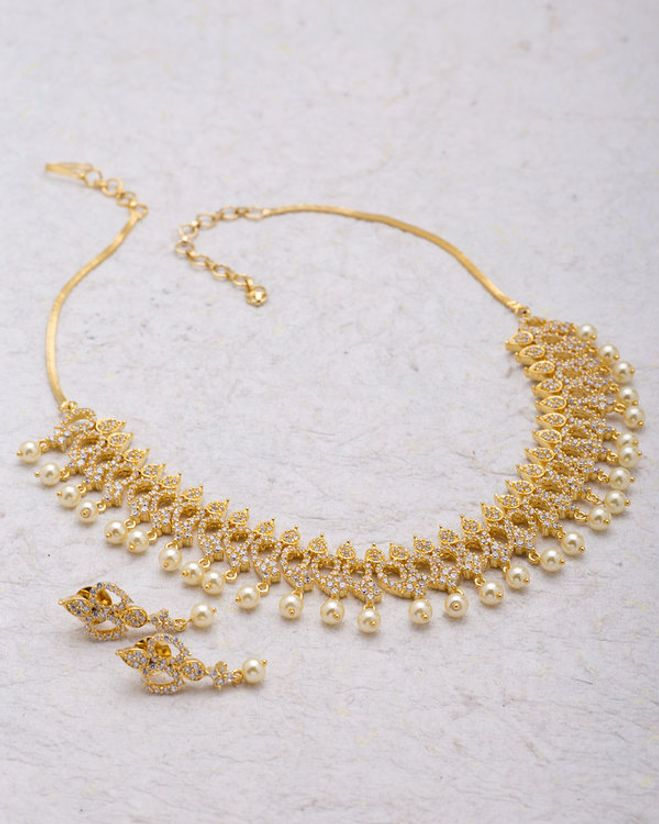Necklace Set With Pearl Drops For Women