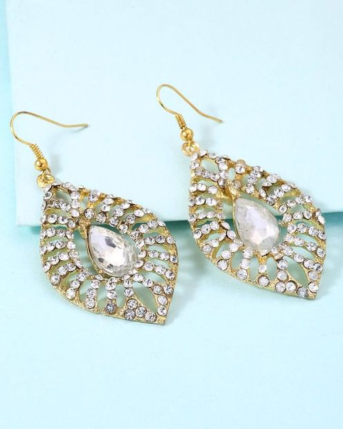 Lovely Pair Of Danglers For Women thumbnail