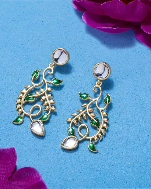 Divine Floral Corolla Earrings thumbnail