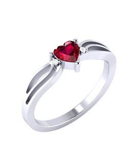 Solitaire Engagement Ring in Heart Motif