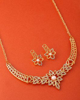 7634cf8bc CZ Floral Charm Necklace Set